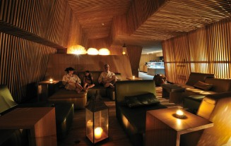 Zurich Thermal Bath and Spa (2) - Photo © bluewatercom