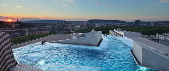 Zurich Thermal Bath and Spa Rooftop Pool (1) - Photo © bluewatercom