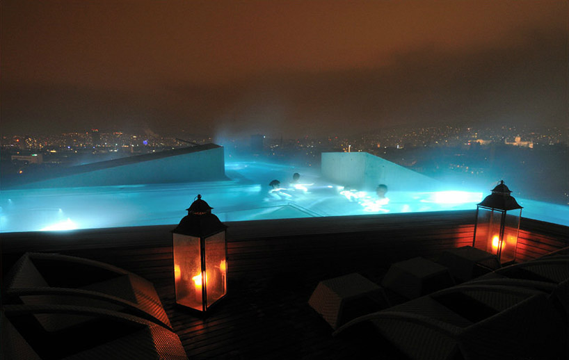 Zurich Thermal Bath and Spa Rooftop Pool (2) - Photo © bluewatercom